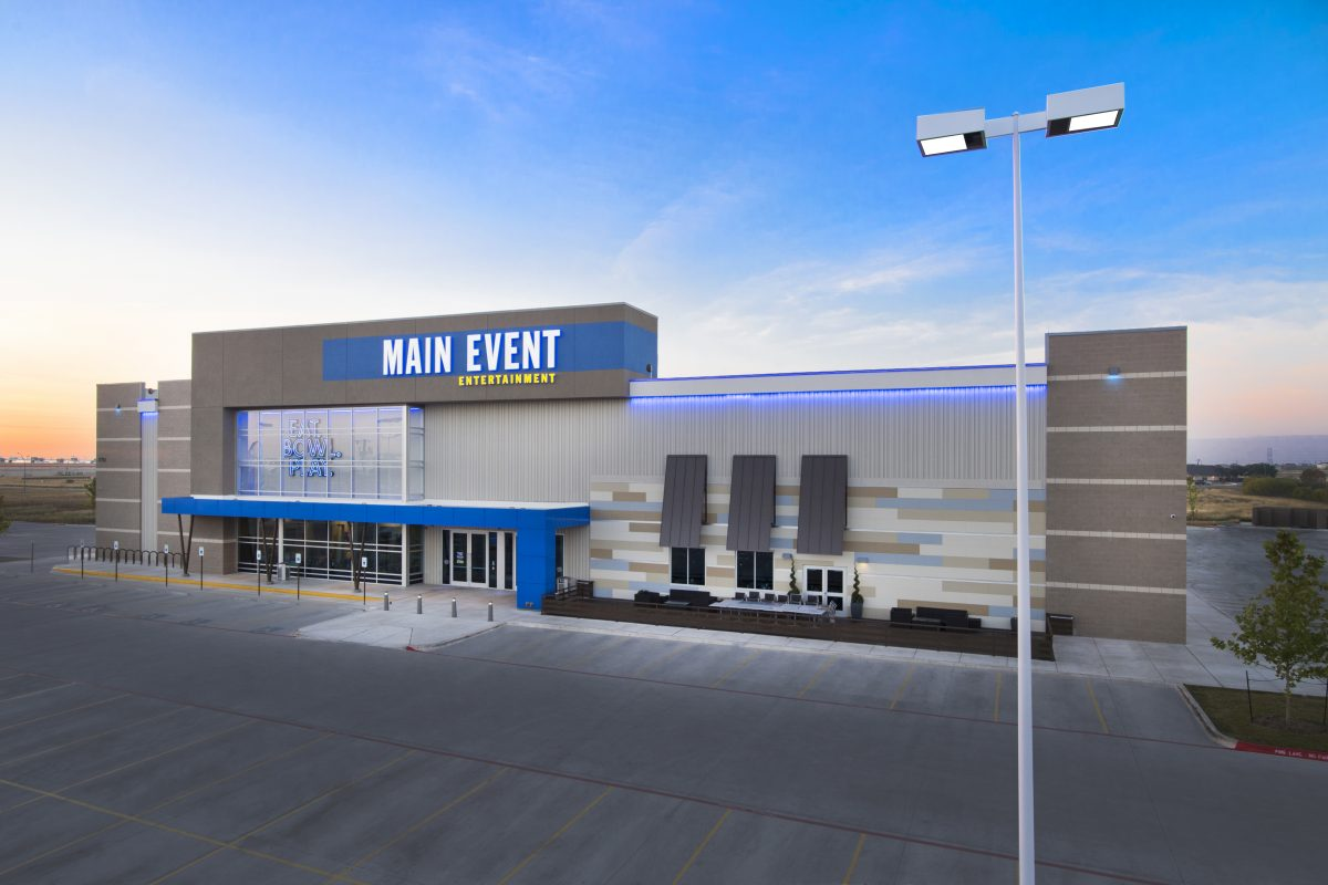 Monday Madness at Main Event
